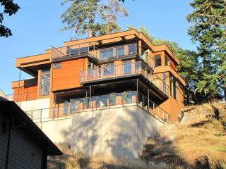 Luxury Mtn. Home on Triangle Mountain - Victoria vacation rentals