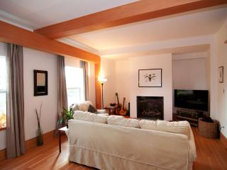Beautiful Character Home in Oak Bay - Victoria vacation rentals