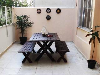 spacious Ipanema beach 3 bed apt, sleeps 8 - State of Rio de Janeiro vacation rentals