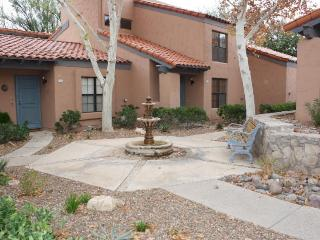 Spacious Townhome with loft in Foothills! - Tucson vacation rentals