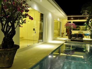 Stunning contemporary 2 bedroom villa in Seminyak - Seminyak vacation rentals