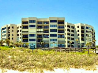 Best 2 BR Condo , Long Fall Weekend 50% Off 4TH Ni - Fernandina Beach vacation rentals