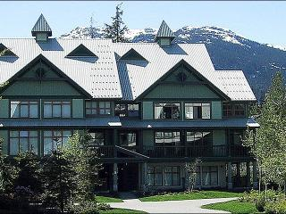 Common Area Outdoor Pool & Hot Tub - Close to All Village Attractions (4056) - Whistler vacation rentals