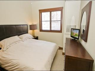 Private Balcony with Summer BBQ - Beautiful Scenic Views (6052) - Mont Tremblant vacation rentals