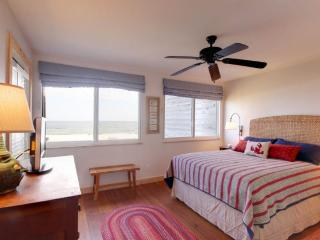 Needle Rush Point A33 - Ono Island vacation rentals