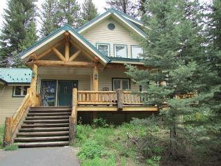 Spacious Mountain Retreat with lots of windows for nature views - Southwestern Idaho vacation rentals