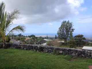 Panoramic View of Kailua-Kona and the Ocean - Kailua-Kona vacation rentals