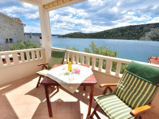 Cute Apartment with Beautiful View - Dalmatia vacation rentals
