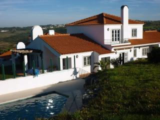 Villa in Sintra, swimmingpool, lovely views, 10km from  the beach. - Almograve vacation rentals