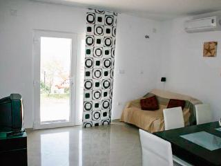 Apartments Marija - 43681-A2 - Lokva Rogoznica vacation rentals