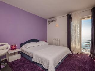 Apartments Nadežda - 44731-A3 - Podstrana vacation rentals