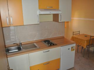 Apartments Zoran - 45101-A5 - Vis vacation rentals
