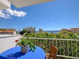 Apartments and Rooms Nikola - 45181-A1 - Omis vacation rentals