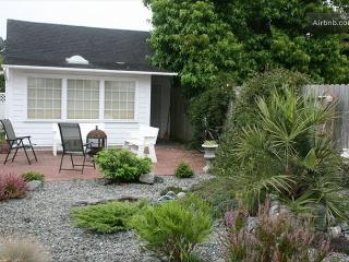 Cream City Studio in the Victorian Village of Ferndale - Ferndale vacation rentals