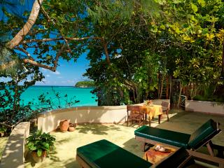 PARADISE PJI - 138831 - BEACHFRONT - 1 BEDROOM COTTAGE - WITH PLUNGE POOL - Ocho Rios vacation rentals