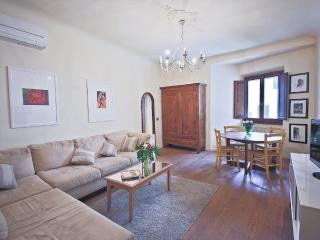 Lovely Tuscan Vacation Rental with 1 Bedroom - Florence vacation rentals