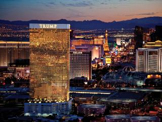 TRUMP-ONE BEDROOM DELUXE HIGH FLOOR SOUTH STRIP VW - Las Vegas vacation rentals