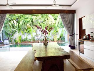 Tw Bedroom Private Pool Villa Viollete Legian - Legian vacation rentals