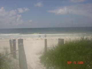 AnnaMariaIsland a Paradise. MINUMIM RENTAL 2 WEEKS - Bradenton Beach vacation rentals
