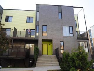 Le Faubourg Contrecoeur - Montreal vacation rentals