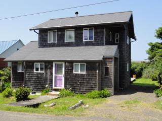 Ocean view- just steps from the beach! - Cape Meares vacation rentals