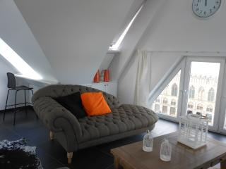 IeperMarketSquare - LOFT - Ypres vacation rentals