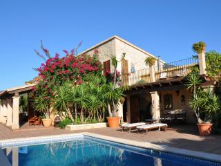 Beautiful, Secluded Family Villa in Caimari - Caimari vacation rentals
