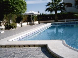 2 Bed duplex with private sola - Torrevieja vacation rentals