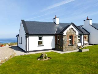 CEOL NA MARA, family friendly, with a garden in Spanish Point, County Clare, Ref 2390 - Milltown Malbay vacation rentals