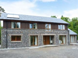WOODLAND VILLA, pretty woodland surroundings, woodburning stove, Ref 905790 - Appin vacation rentals