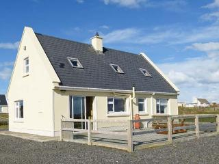 BOURKE'S COTTAGE, detached cottage with stove, views, garden, patio, en-suite, Kilbaha Ref 911927 - County Clare vacation rentals