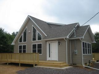 Our brand new house - Towamensing Trails 3BR Chalet near Lake - Albrightsville - rentals