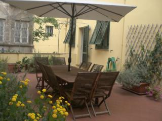 Apartment Santa Zita from Destination Lucca - Lucca vacation rentals