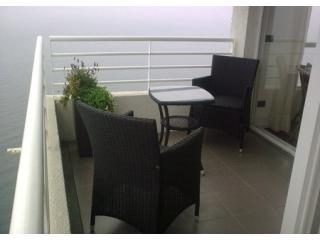 Luxury Oceanfront Apartment in Valparaiso, Chile - Valparaiso vacation rentals