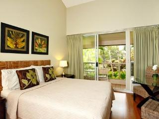 $69/nt Sept/Oct- Stylish Studio Steps to Beach - Makena vacation rentals
