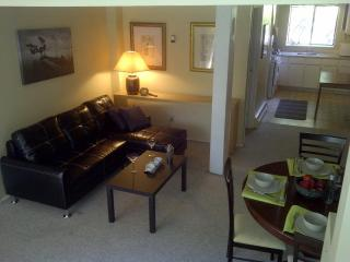 Humble Seymour Garden Suite - North Vancouver vacation rentals
