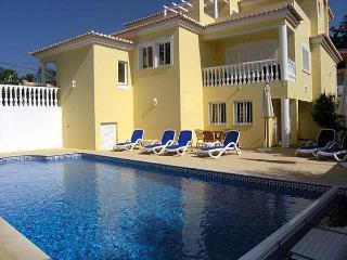 Casa Desa 4 Bed 4 Bath Private Pool A/C - Carvoeiro vacation rentals