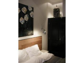 Kingsize bed (180cmx200cm) - Stadhouderskade Studio in Amsterdam - Amsterdam - rentals