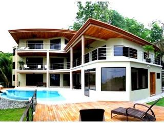 New - 4 Suites-8/9 Guests- Ocean Views - Monkeys - Manuel Antonio National Park vacation rentals