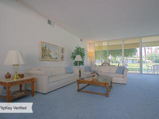 Palm Springs beauty,  golf, swim, relax in the sun - California Desert vacation rentals