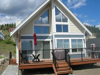 View Cottage with Private Beach & Marina Access - Kelowna vacation rentals