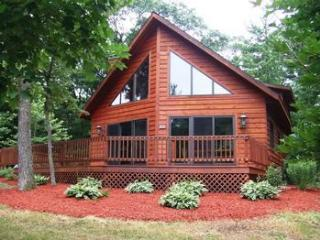 Shady Chalet  located on Springbrook Golf Resort - Wisconsin Dells vacation rentals