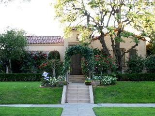 Beverly Hills Hacienda Style Home in 90210 - Beverly Hills vacation rentals