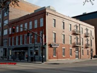 1039: News Place Balcony View - Savannah vacation rentals