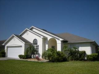 Kissimmee 3 Bed, 2 Bath with Pool, Lake View- CL14 - Kissimmee vacation rentals