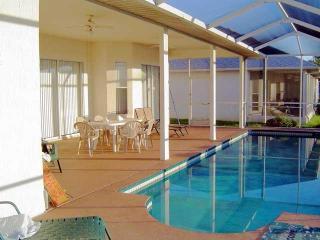 lovely 3 b 2 b home  Huntington Hills Lakeland FL. - Plant City vacation rentals