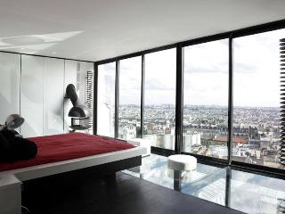 Triplex - Montmartre - Paris vacation rentals