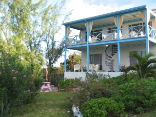 2 Sisters, A Caribbean Cottage, Eleuthera, Bahamas - Double Bay vacation rentals