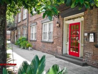 1079: Abercorn Colonial Manor - Savannah vacation rentals