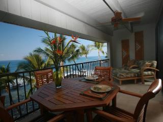 Luxurious Oceanfront Condo - Class and Comfort! - Kailua-Kona vacation rentals